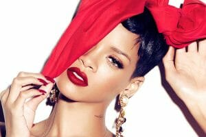 Rihanna Hearts MAC Summer Collection