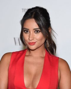 Shay Mitchell Wears MAC Lady Danger