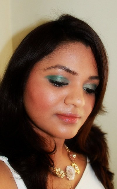 MAC Stay In Touch on Indian Skin